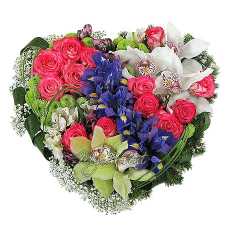 Сердце из цветов в Варшаве
