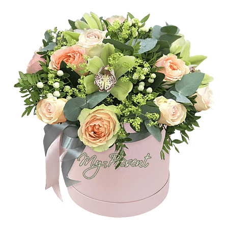 Цветы в шляпной коробке в Краснодаре