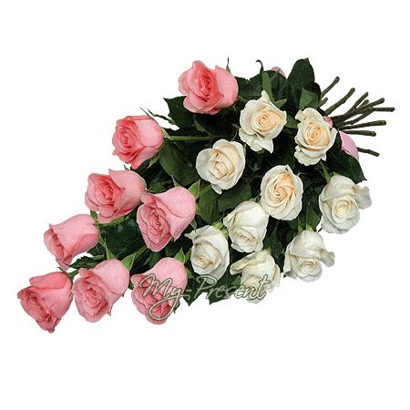 Букет из белых и розовых роз (60-80 см.) в Краснодаре