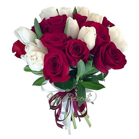 Букет из роз и тюльпанов в Владивостоке