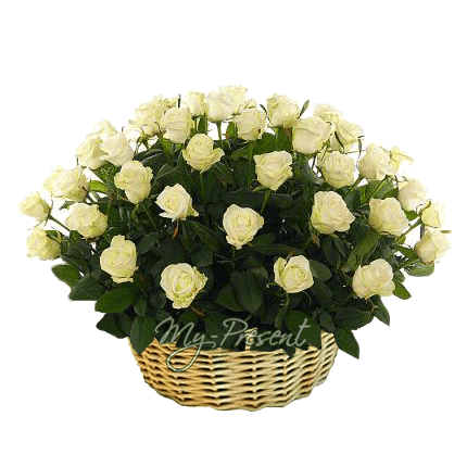 Корзина с белыми розами в Краснодаре
