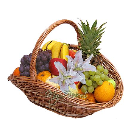 Корзина с фруктами в Владивостоке