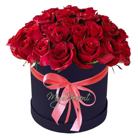 Акция - Красные розы в шляпной коробке